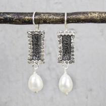 Oorhangers zilver oxi  met witte parel